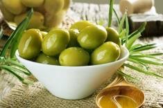 Olive - olives